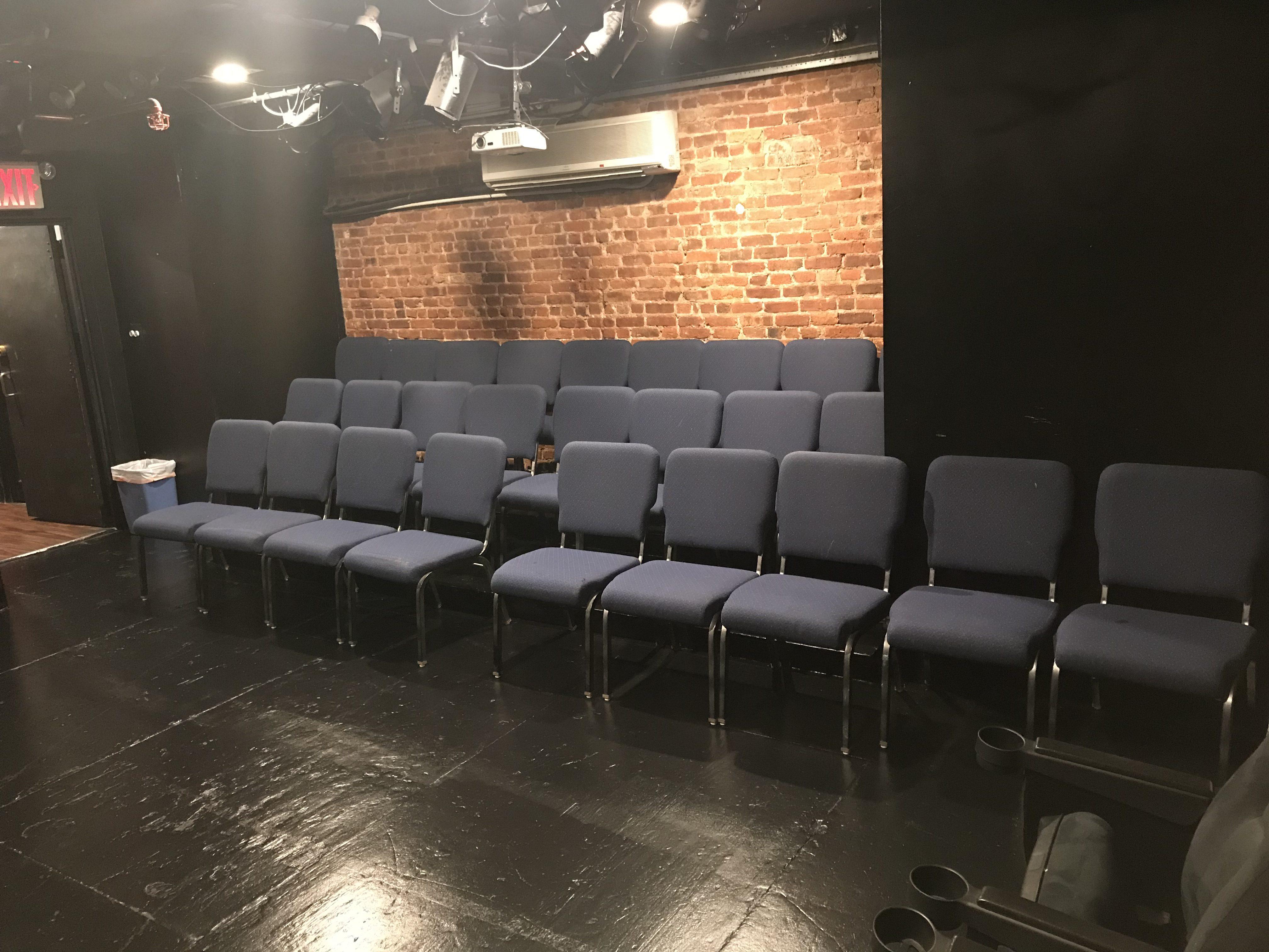 30 Seats